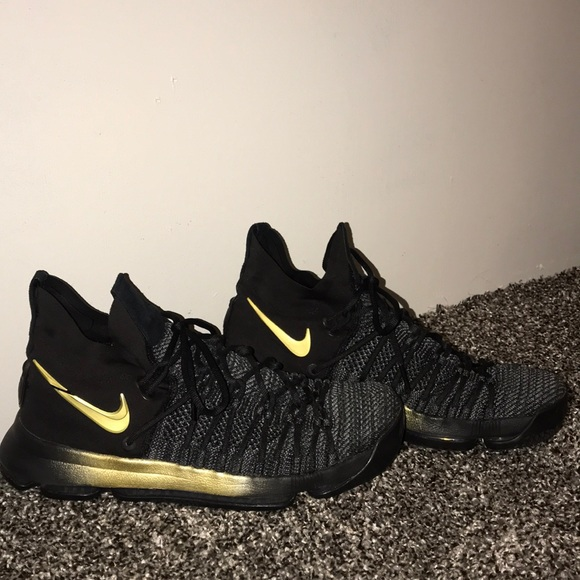 kevin durant shoes black and gold Kevin